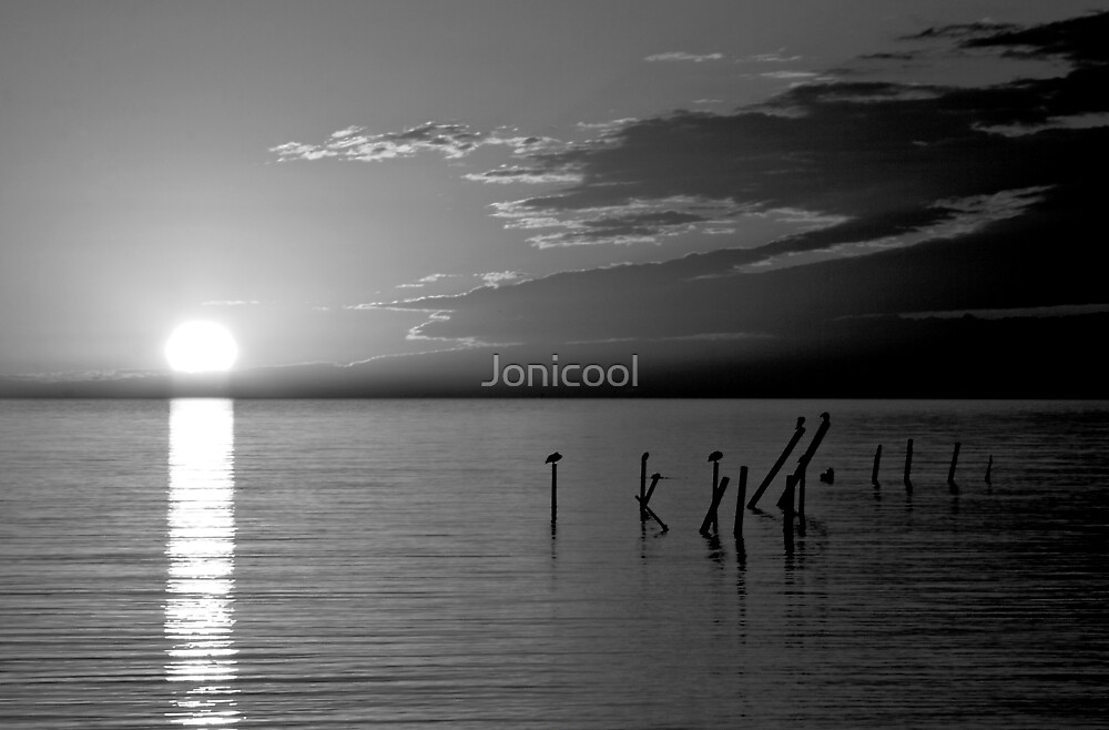 Colorless Sunset by Jonicool