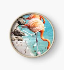 Flamingos am Strand #redbubble #decor Uhr