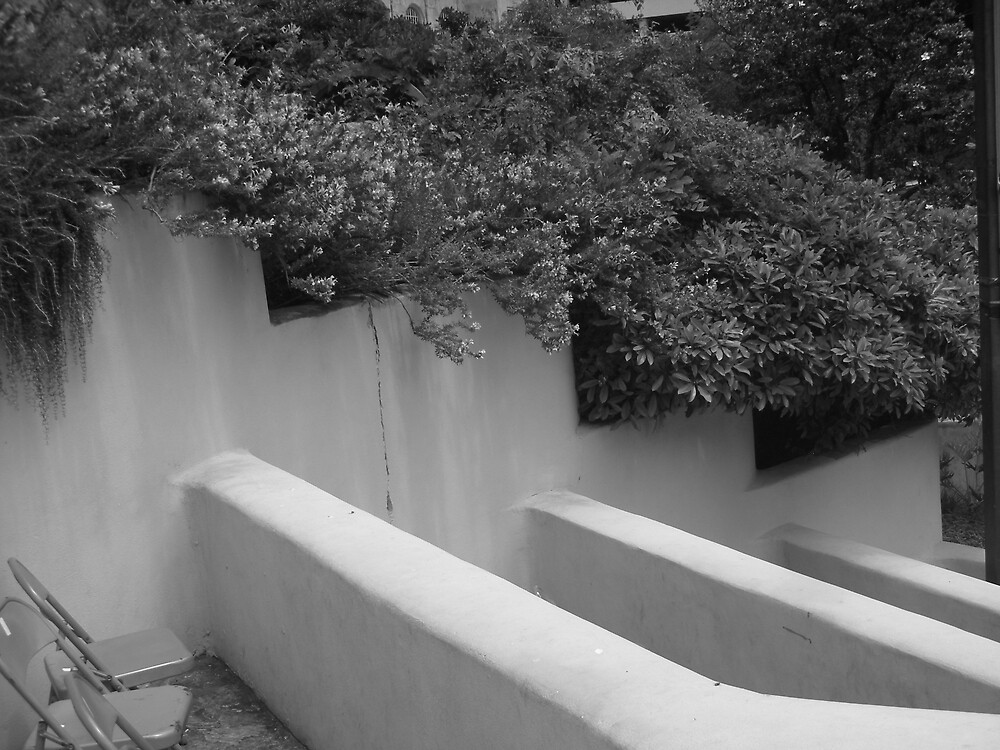 Empty by BLHIMSL08