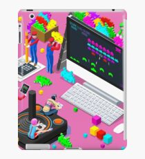 video game space invaders iPad Case/Skin