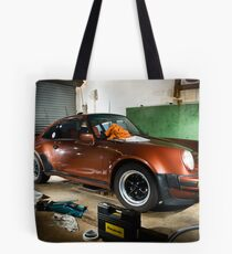 flashing here and there Tote Bag