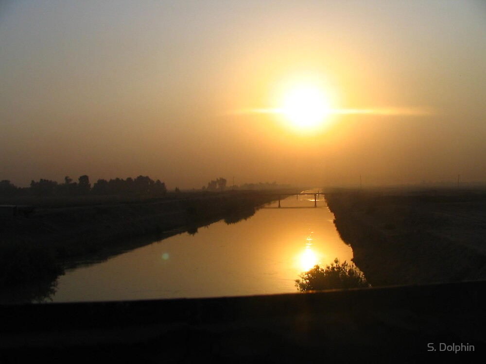 sunset on the tigris by S. Dolphin