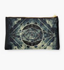 The eye of Saturn Studio Pouch