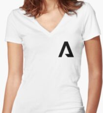 titanfall Women's Fitted V-Neck T-Shirt
