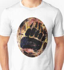 Empreinte rupestre d'un chaman Ours Unisex T-Shirt