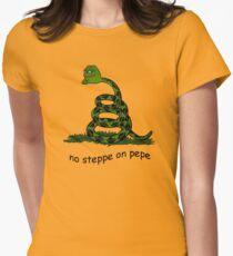 No Steppe On Pepe Tailliertes T-Shirt für Frauen