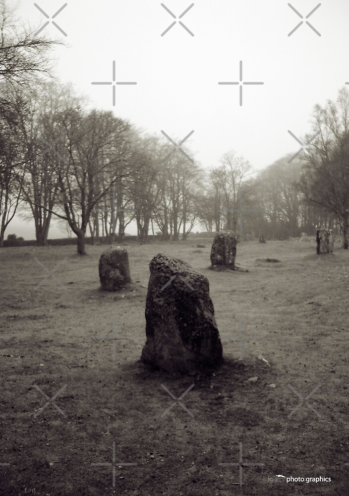 Standing Stones at Clava Cairns by Tez Watson
