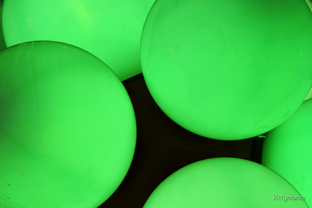 green balls by kittymomo