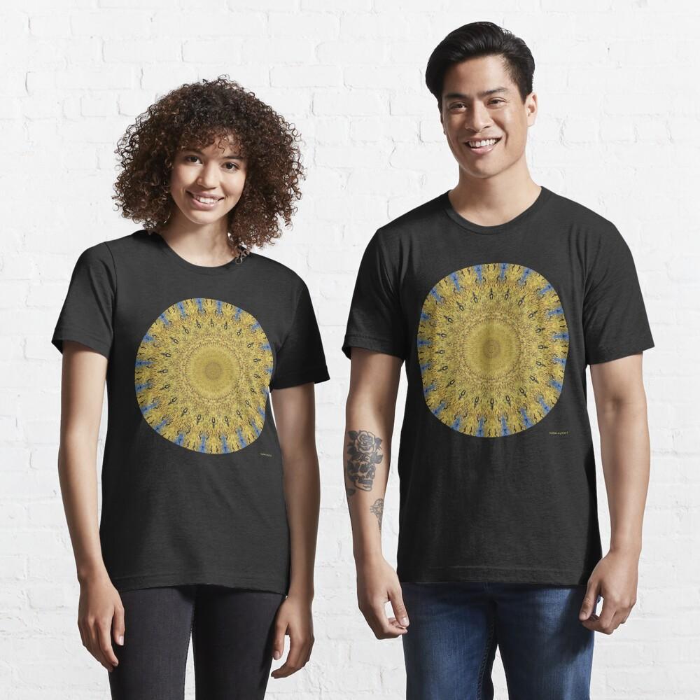 Van Gogh Crop Circle with Ravens Essential T-Shirt