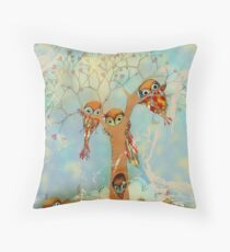 tree of love owls Throw Pillow