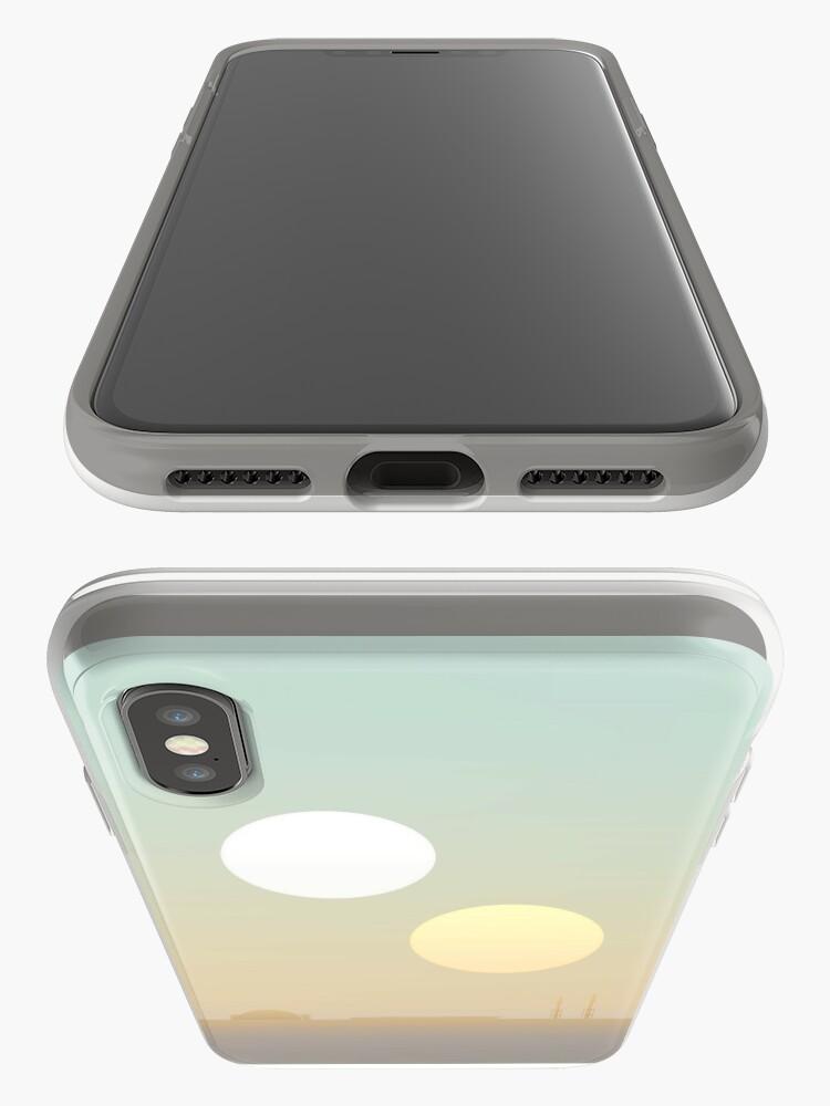 Alternative Ansicht von zwei Sonnen iPhone-Hüllen & Cover