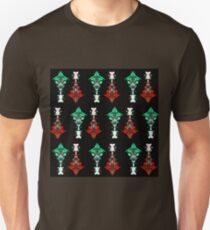 Abstract Totem Pole Pattern (Red & Green) T-Shirt