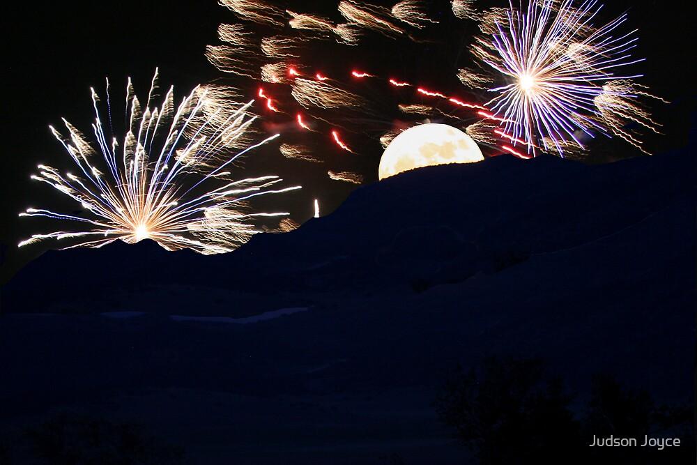 Full Moon Rising by Judson Joyce