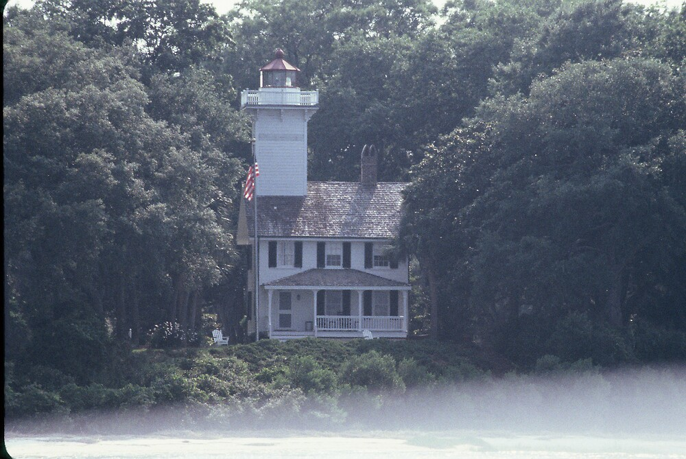 Fog clears away from haunted Haig's Point lighthouse by jmasbury