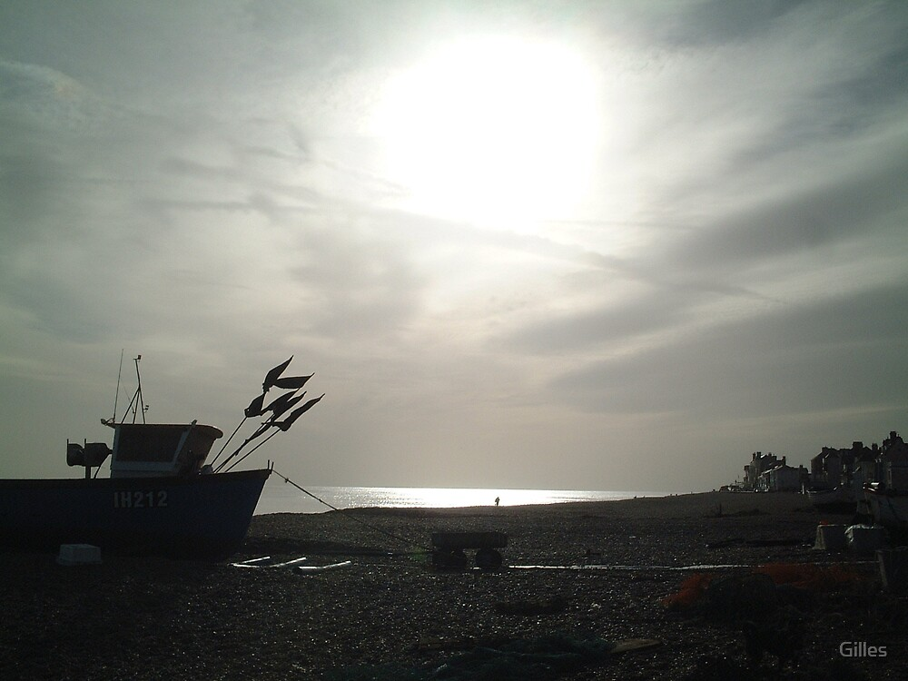 View Across Aldeburgh Beach  by Gilles
