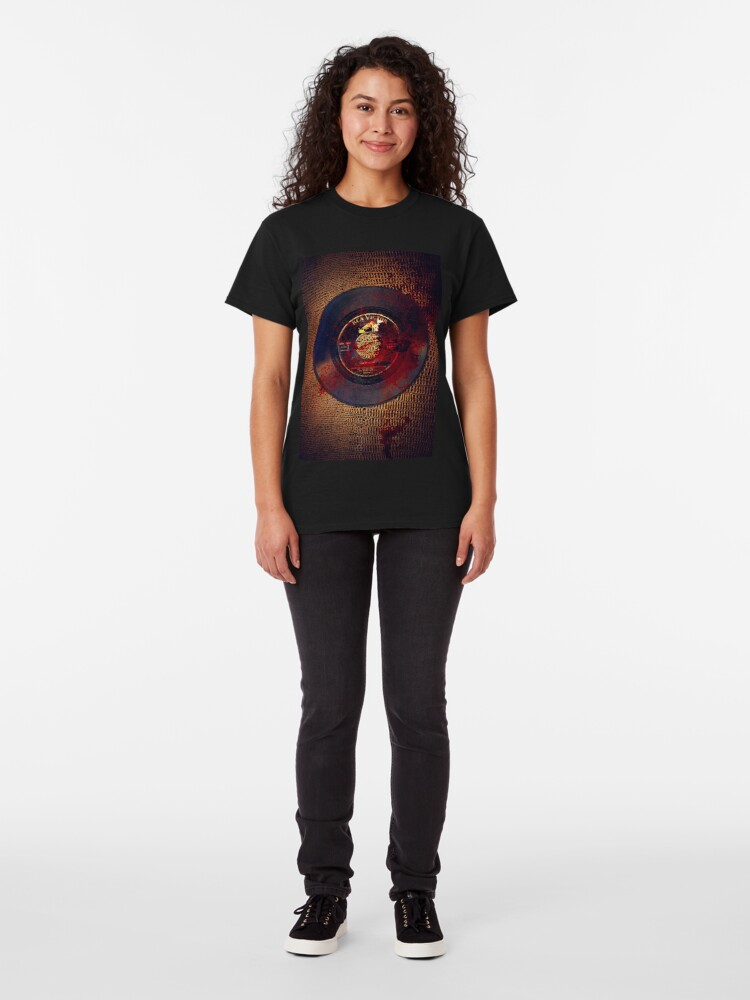 Alternate view of Lula! (Inspired by David Lynch's Wild at Heart) Classic T-Shirt