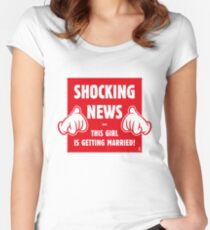 Shocking News: This Girl Is Getting Married! (Bride / Hen Party / Red) Women's Fitted Scoop T-Shirt