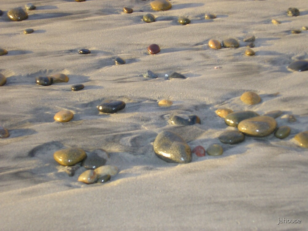 Pebbles in the Tide by jahouse
