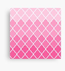 Girly Pink vintage classic Quatrefoil Pattern Canvas Print