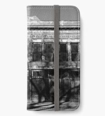 Abandoned Building, Las Vegas, NM - Black & White iPhone Wallet/Case/Skin