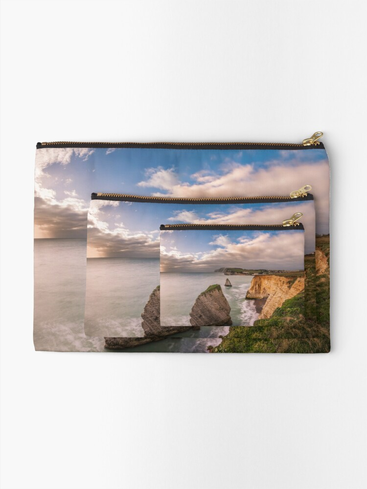 Alternate view of Freshwater Bay Panorama Zipper Pouch