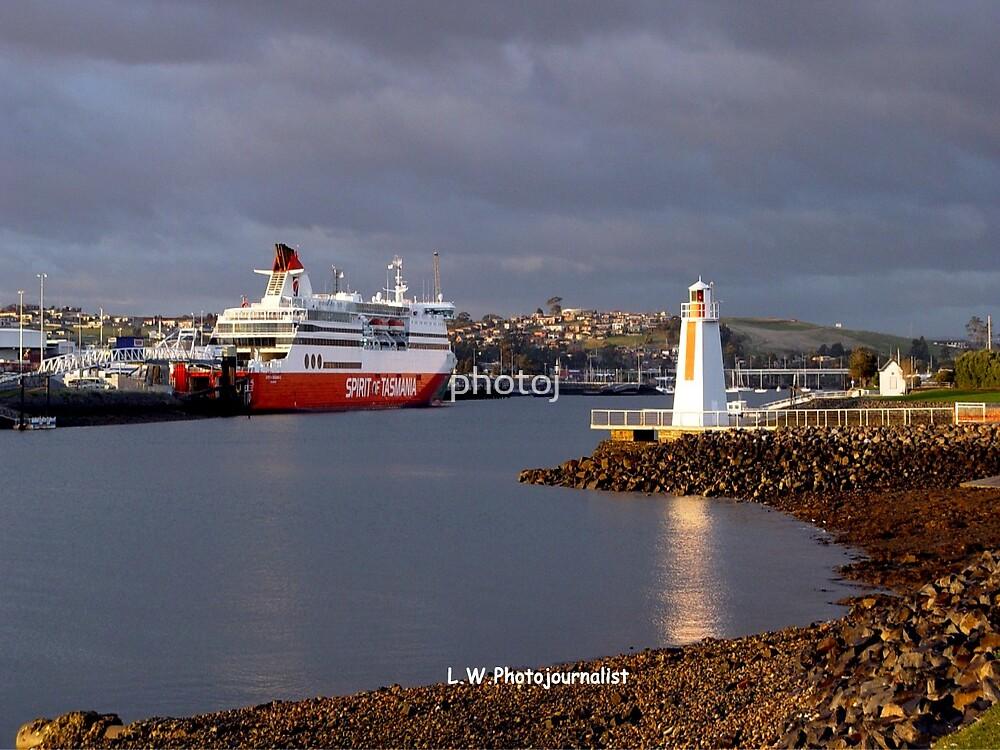 photoj 'Tasmania Spirit' Ferry by photoj