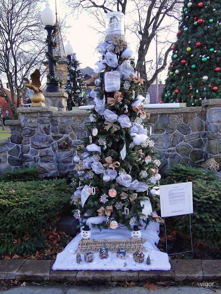 A festive Christmas tree display by vigor