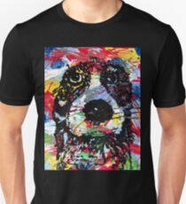 colorful  dog - Hund farbenfroh - dicke Fellnase - nass geworden - not amused Unisex T-Shirt