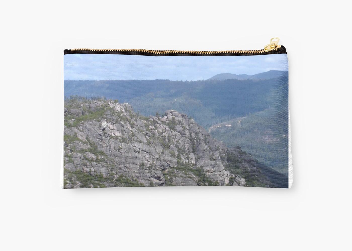 Mid Tasmanian Mountain by KazM