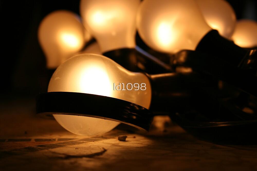 Bright Idea  by ld1098