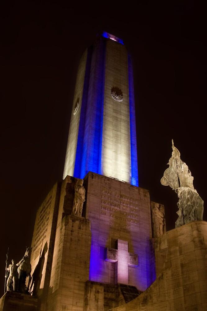 El Monumento by Mariano Tabone