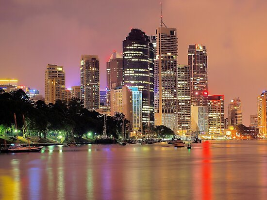 Brisbane City by W E NIXON  PHOTOGRAPHY