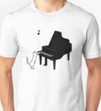 Cute Cat Playing Piano,Funny Musician Art Gift T-Shirt