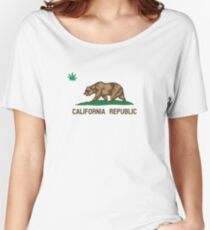 California Marijuana Enthusiast Bear  Women's Relaxed Fit T-Shirt