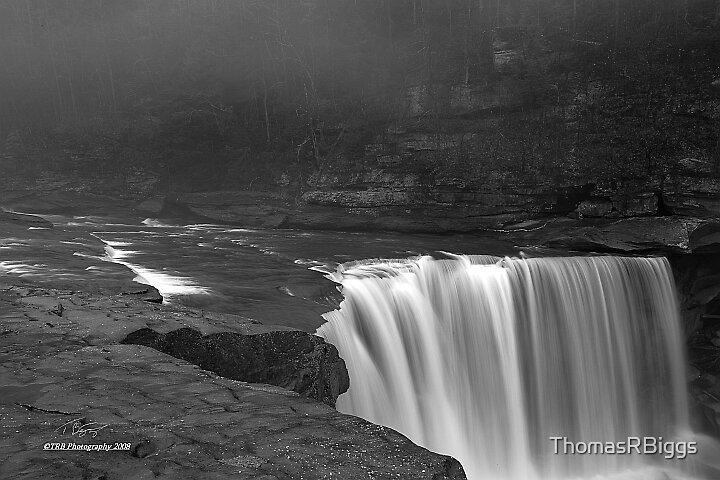 Cumberland Falls B&W by ThomasRBiggs