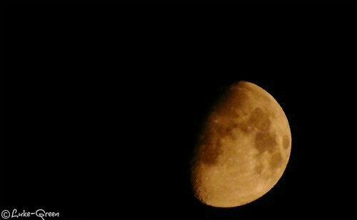 moon by Luke-Green