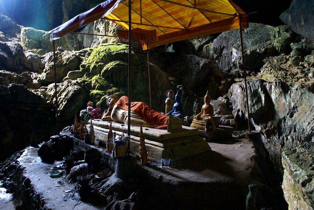 Reclining Buddha by William Carne