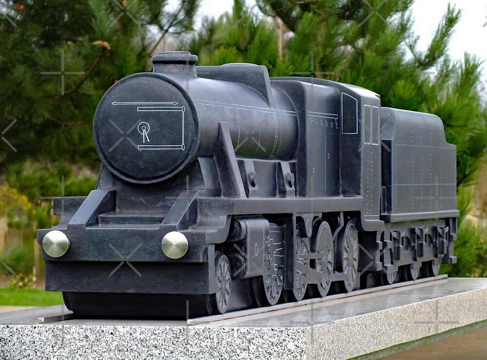 Railway Industry Memorial Sculpture by Yampimon
