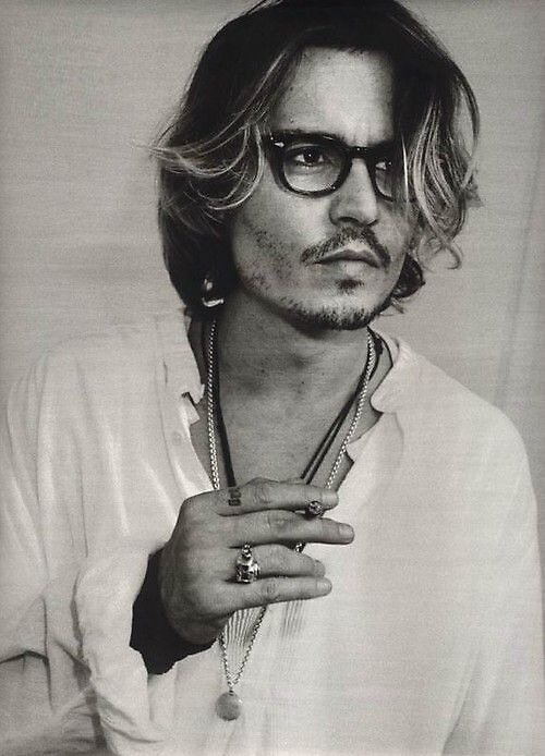 Black and White Johnny Depp by lcroweee