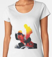 Leon: The Professional Women's Premium T-Shirt