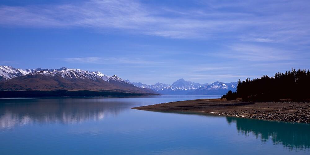 Lake Pukaki 2, New Zealand by David Jamrozik