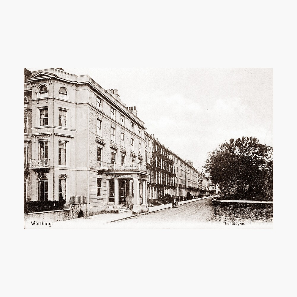 Ref: 17 - The Chatsworth Hotel, Worthing, West Sussex. Photographic Print