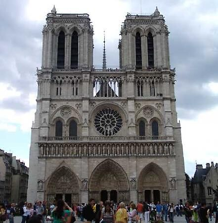 notre dame cathedral- paris by chord0