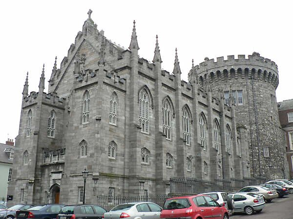 cathedral in Dublin, Ireland by chord0