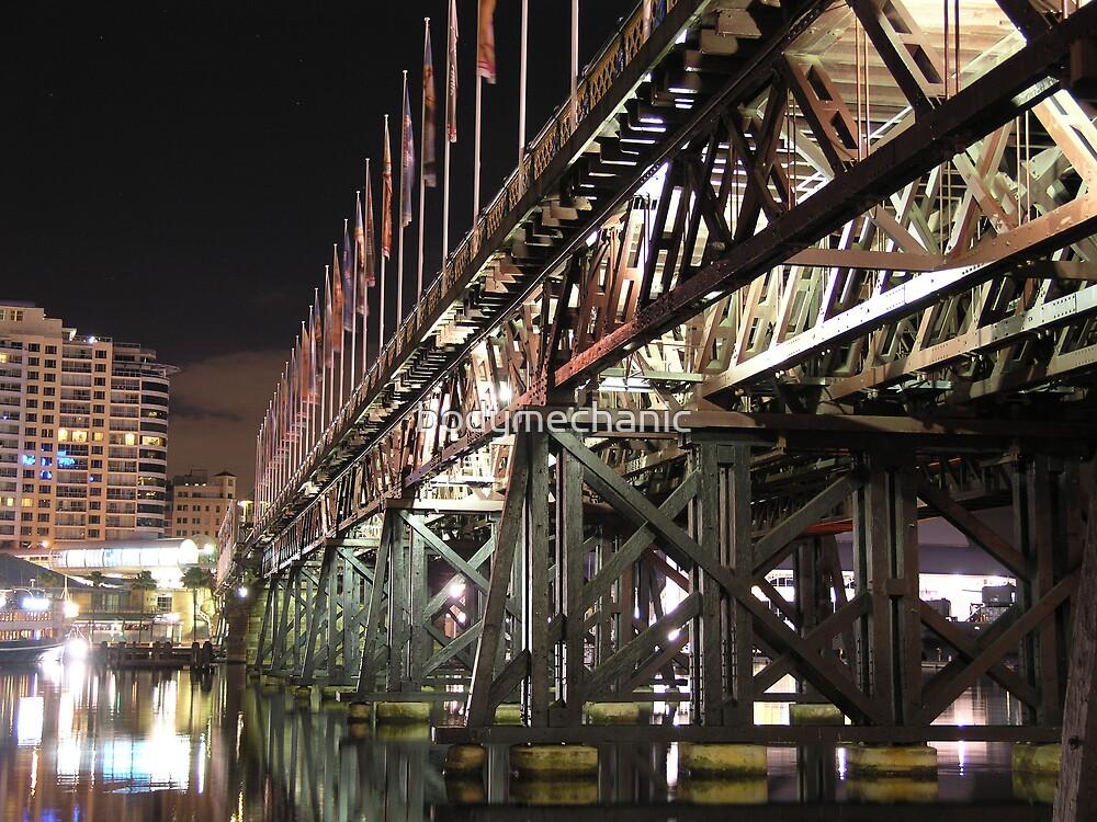 pyrmont bridge by bodymechanic