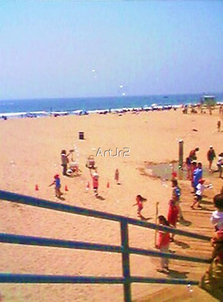 Bubbles at Santa Monica beach by ArtJr2