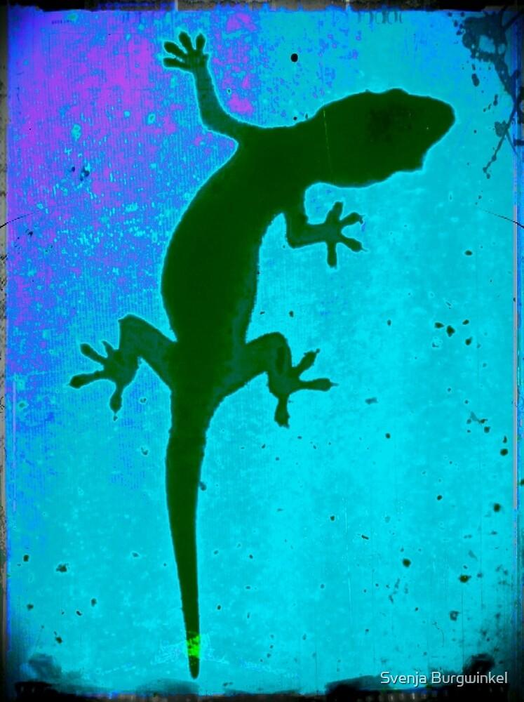 Gecko blue green purple by Svenja Burgwinkel
