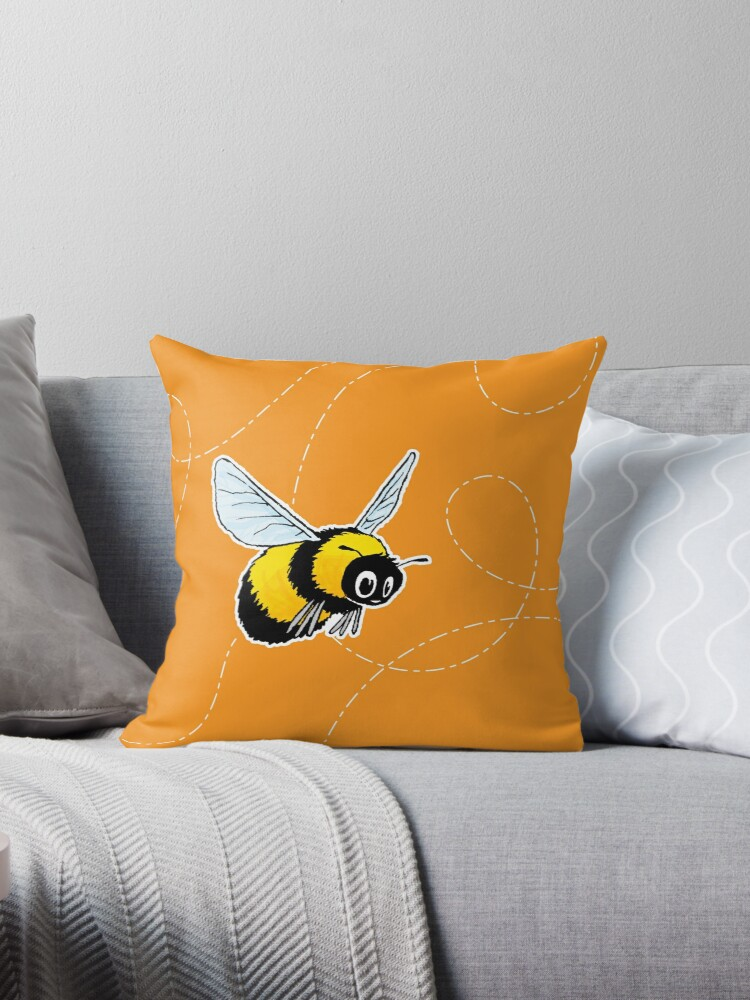 Happily Bumbling Bumble Bee by travbos