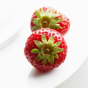 Strawberries by Kasia-D
