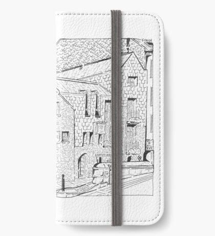 Tigh Fox Trad House Maze (Galway, Ireland)  iPhone Wallet